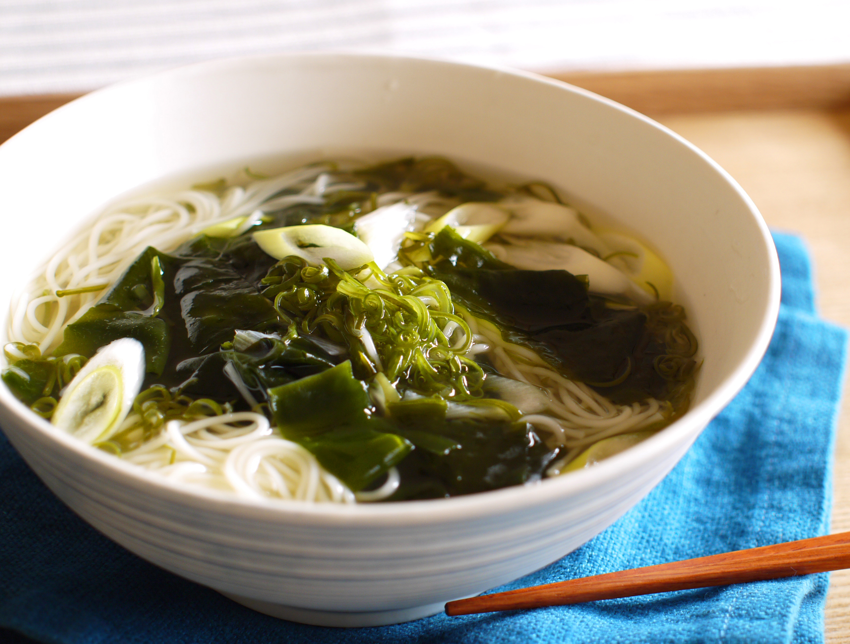 海藻たっぷりとろとろ温麺