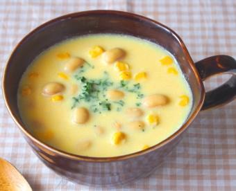 大豆入り豆乳コーンスープ